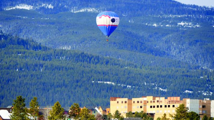 Why fly early in the morning? Sun up is when surface air is at its calmest and visibility is typically good, especially during the summer. Call (406) 600-8999 or email montanaballoon@gmail.co