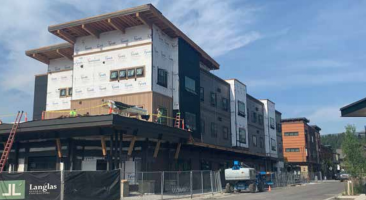 Steady progress being made on Building 4 in the Town Center. PHOTO BY JANA BOUNDS